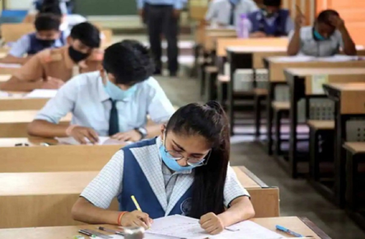 Delhi Schools re-opening from Tomorrow for students of Class 10 and 12, A report
