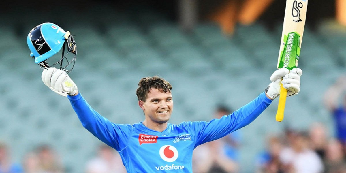 1st Hundred of BBL 10 goes to Strikers' wicketkeeper batsman, notched 101 off 62 balls