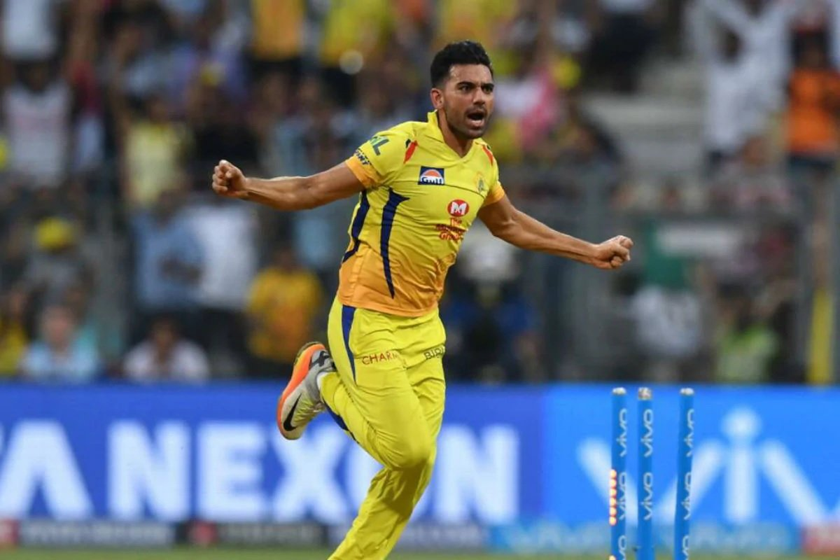 Dream11 IPL 2020: Chennai Super Kings Support Staff & Deepak Chahar Test Positive for Corona Virus!