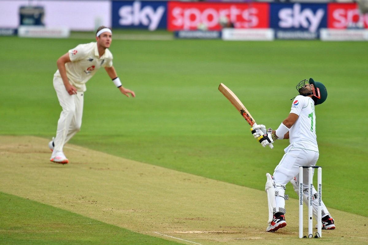 England Vs Pakistan 2nd Test Day 4 Highlights: Stumps - Eng trail by 229 runs, Rain ruins the day!