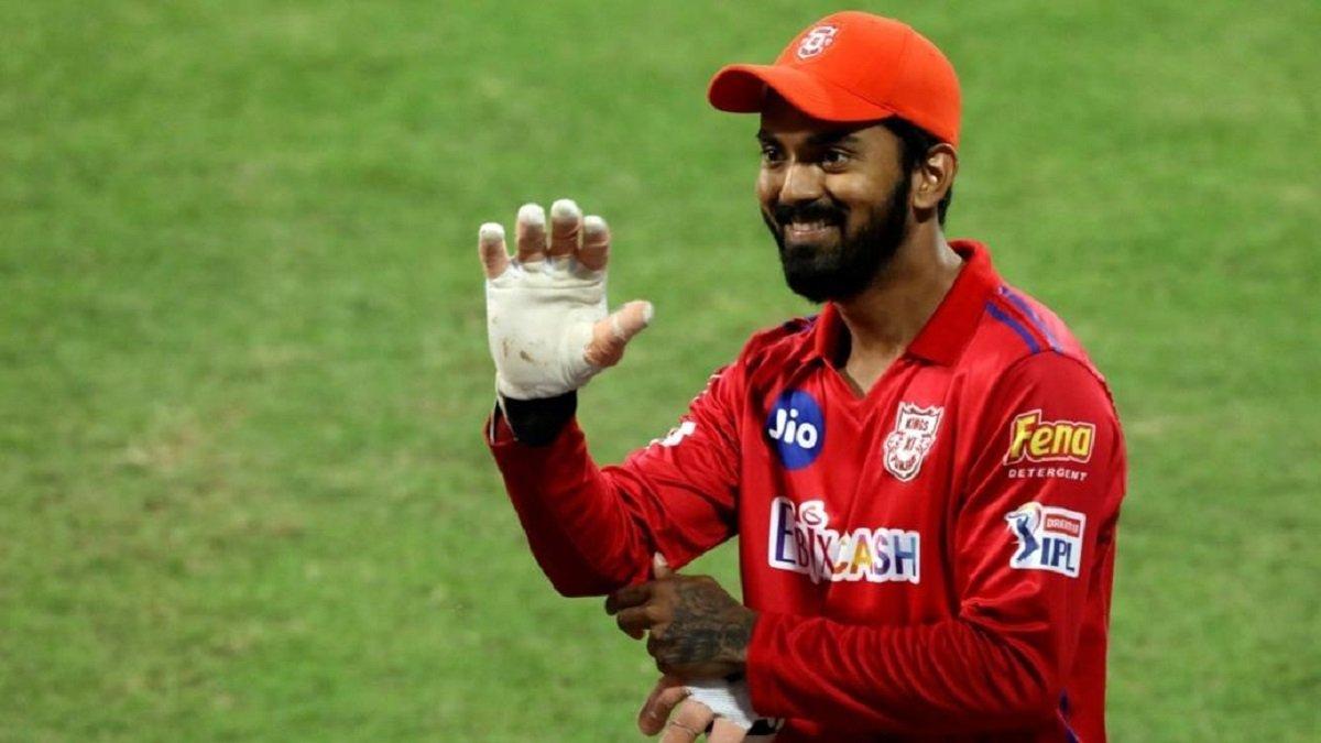 IPL 2020 Orange Cap: KXIP skipper KL Rahul wins Orange Cap along with 'Game-changer' award
