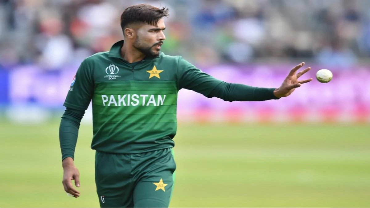 Mohammad Amir stuns his fans with quitting from International cricket by blaming PCB for 'Mentally Torture'