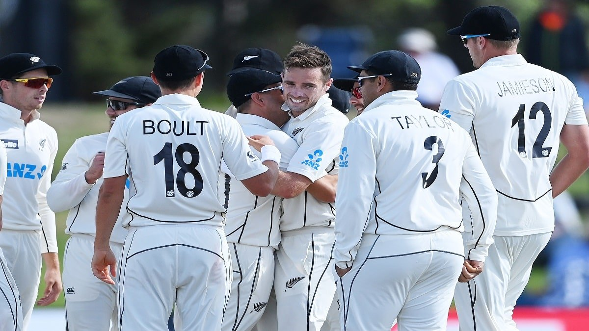 NZ vs PAK 1st Test: Bowlers put Kiwi Upfront, need 7 more wickets to seal Boxing Day Test