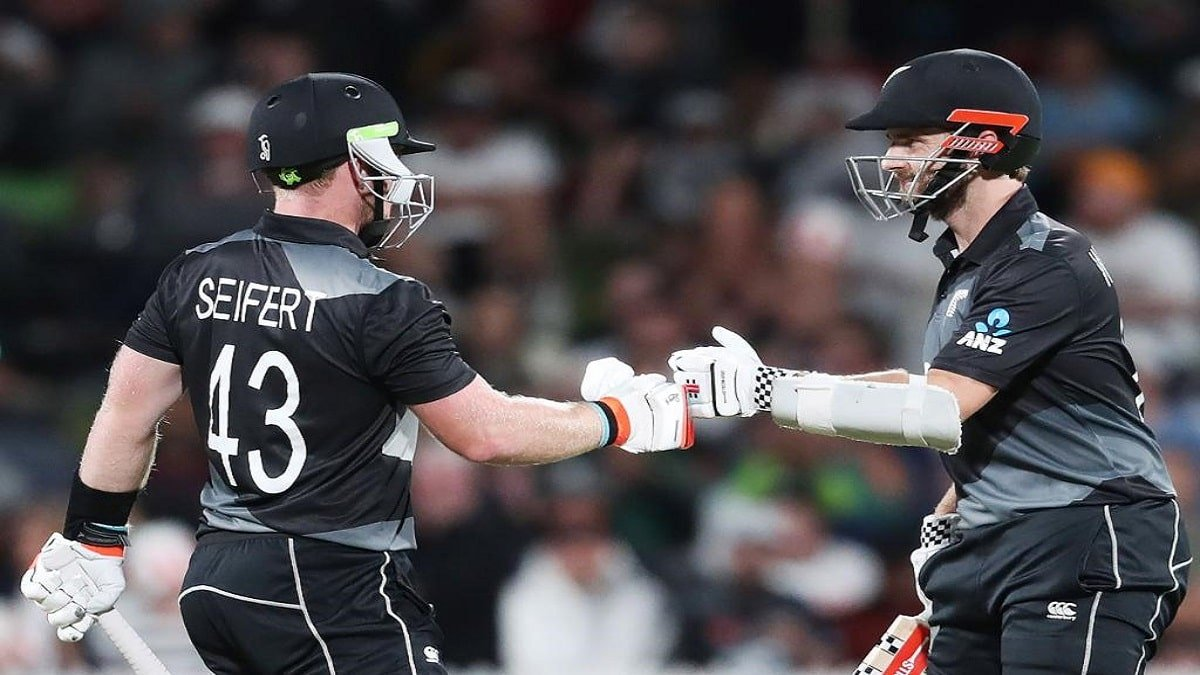 NZ vs PAK 2nd T20 Highlights: Seifert-Southee duo guides New Zealand to an unassailable2-0 lead in series