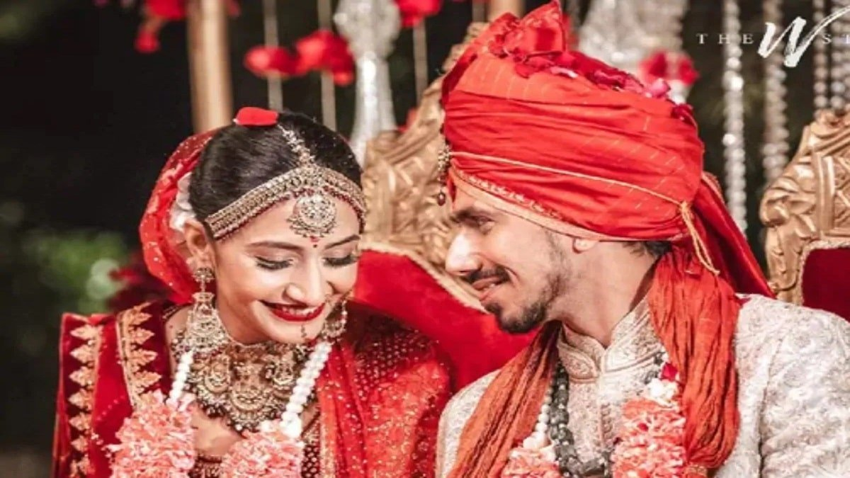 Yuzvendra Chahal tied knot with Dhanashree Verma, Rohit Sharma wishes astonishingly
